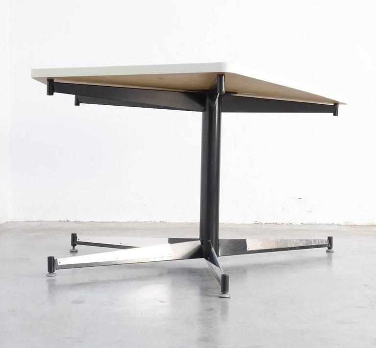 Exclusive Dining Table By Willy Van Der Meeren For The Hbk