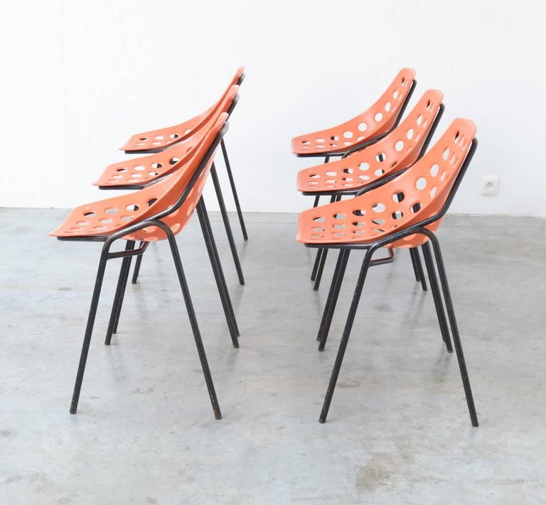 Mid-Century Modern Set of Six Coquillage Stacking Chairs by P. Guariche for Meurop For Sale