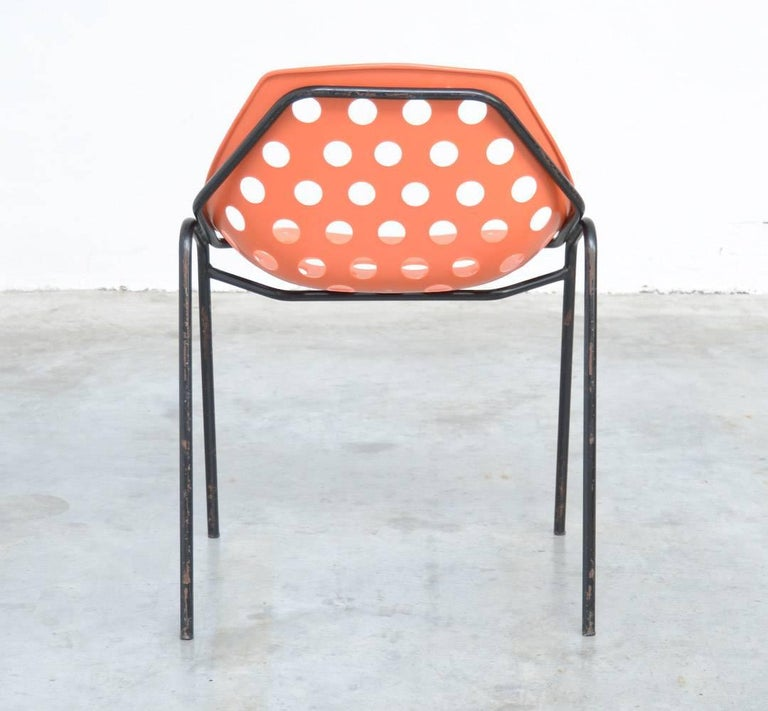 Set of Six Coquillage Stacking Chairs by P. Guariche for Meurop 9