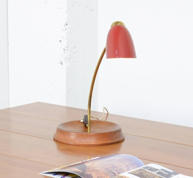 Italian Mid-Century Desk Lamp in the Manner of Arredoluce For Sale