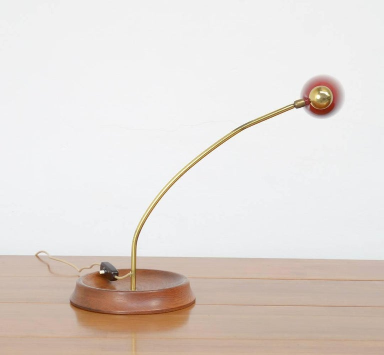 Mid-Century Desk Lamp in the Manner of Arredoluce For Sale 1
