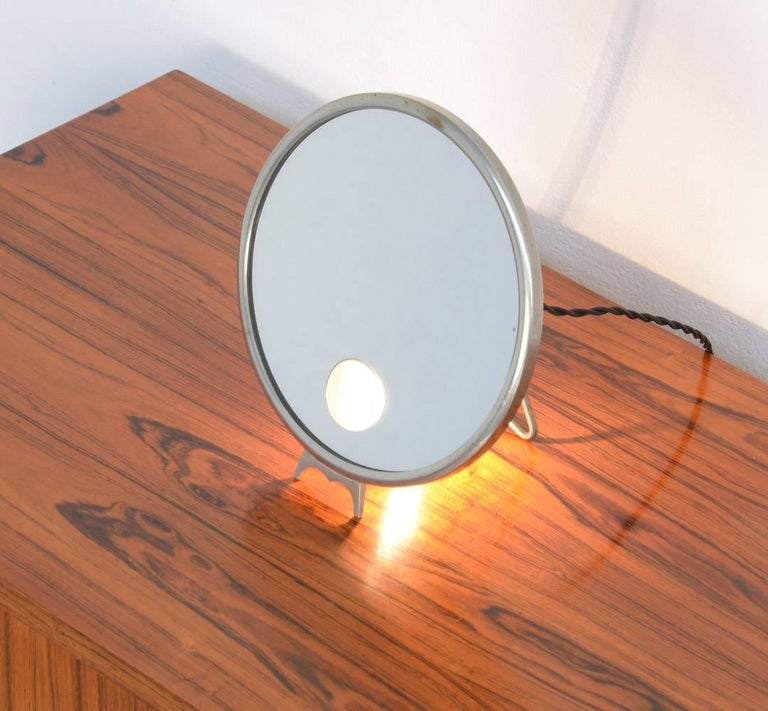 Illuminated standing mirror le mirophar by brot miroir for Miroir venitien paris