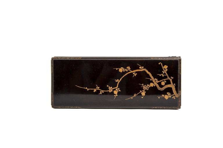 Edo Balck and Gold Japanese Lacquered Cabinet 5
