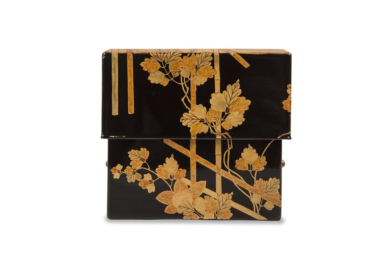 Edo Japanese Lacquered Incense Box For Sale 5