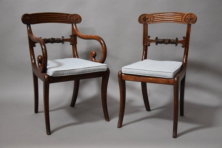 Superb Set of Eight Regency Mahogany Dining Chairs of Superb Patina In Good Condition For Sale In Suffolk, GB