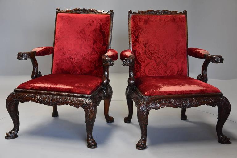 Pair of Late 19th Century George II Style Mahogany Gainsborough Armchairs In Excellent Condition For Sale In Suffolk, GB