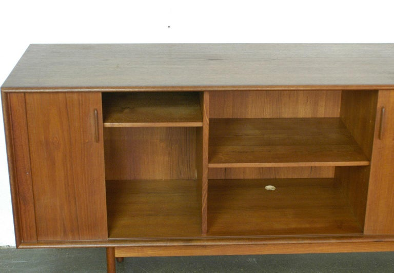 Scandinavian Modern Teak Tambour Door Credenza by Arne Vodder for Sibast In Good Condition For Sale In Vienna, AT