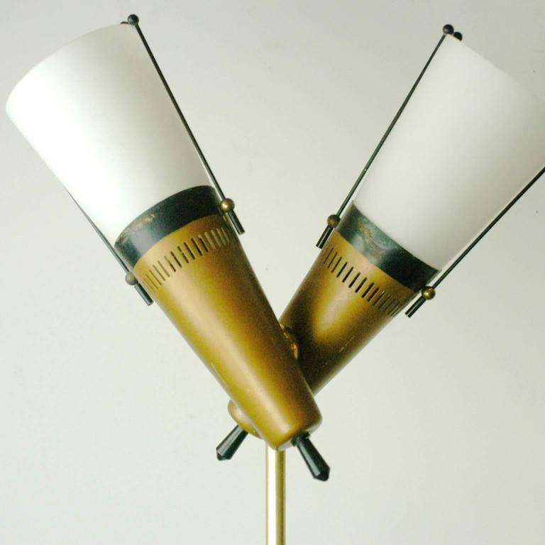 Italian Midcentury Brass, Glass and Marble Floorlamp in the Style of Stilnovo In Good Condition For Sale In Vienna, AT