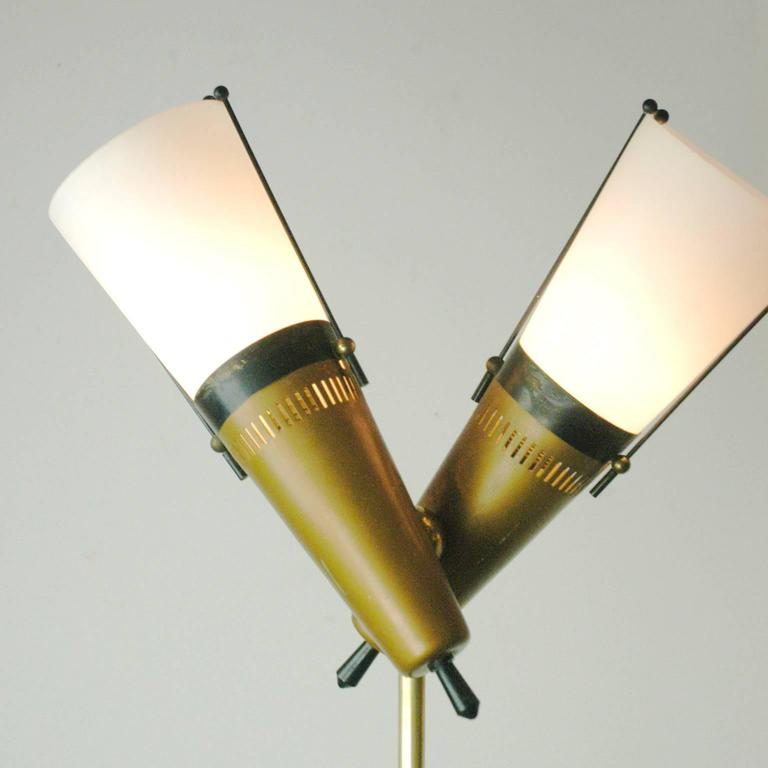 Italian 1950s Floorlamp in the Style of Stilnovo 2