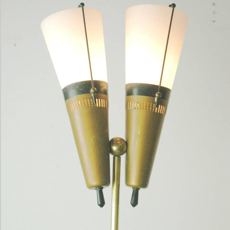 Italian Midcentury Brass, Glass and Marble Floorlamp in the Style of Stilnovo For Sale 3