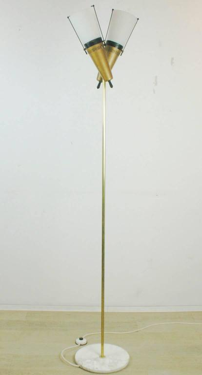Italian Midcentury Brass, Glass and Marble Floorlamp in the Style of Stilnovo For Sale 2