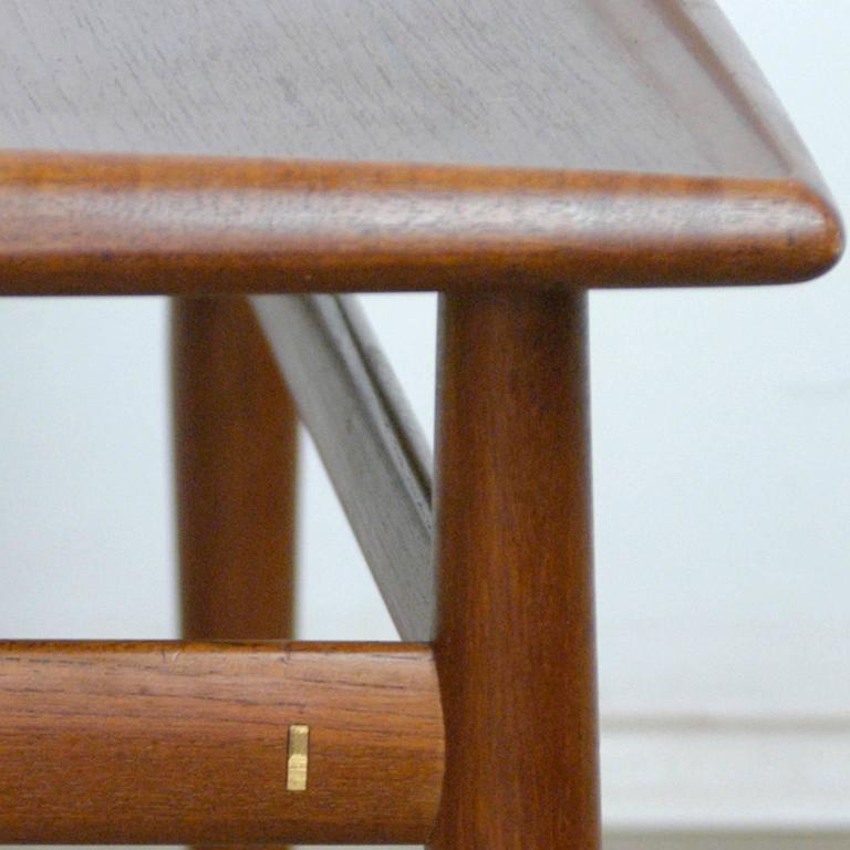 Mid-20th Century Scandinavian Modern Teak Coffee Table by Grete Jalk For Sale