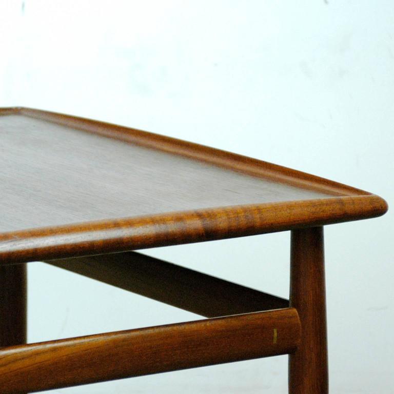 Scandinavian Modern Teak Coffee Table by Grete Jalk For Sale 1