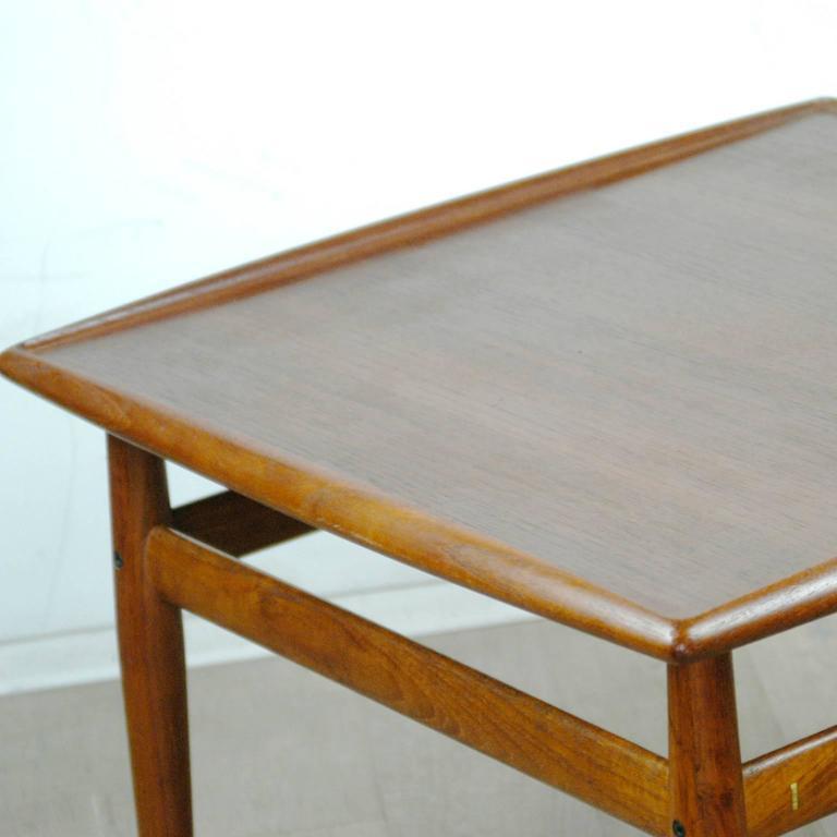 Scandinavian Modern Teak Coffee Table by Grete Jalk For Sale 2