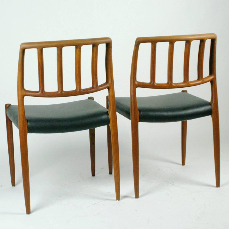 Danish Pair of Two Scandinavian Modern Niels Otto Möller Teak Dining Chairs Mod. 83 For Sale