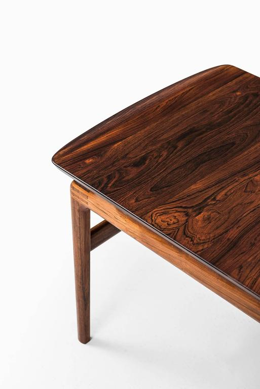 Very rare and exceptional coffee table designed by Peter Hvidt & Orla Mølgaard-Nielsen. Produced by France & Son in Denmark.