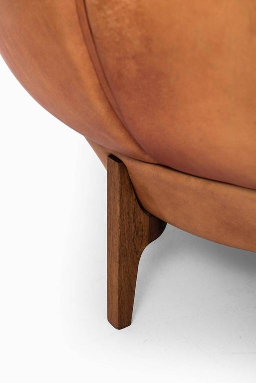 Leather Illum Wikkelsø Easy Chairs Model Croissant by Holger Christiansen in Denmark For Sale
