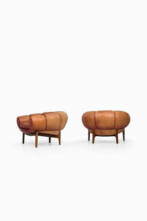Danish Illum Wikkelsø Easy Chairs Model Croissant by Holger Christiansen in Denmark For Sale
