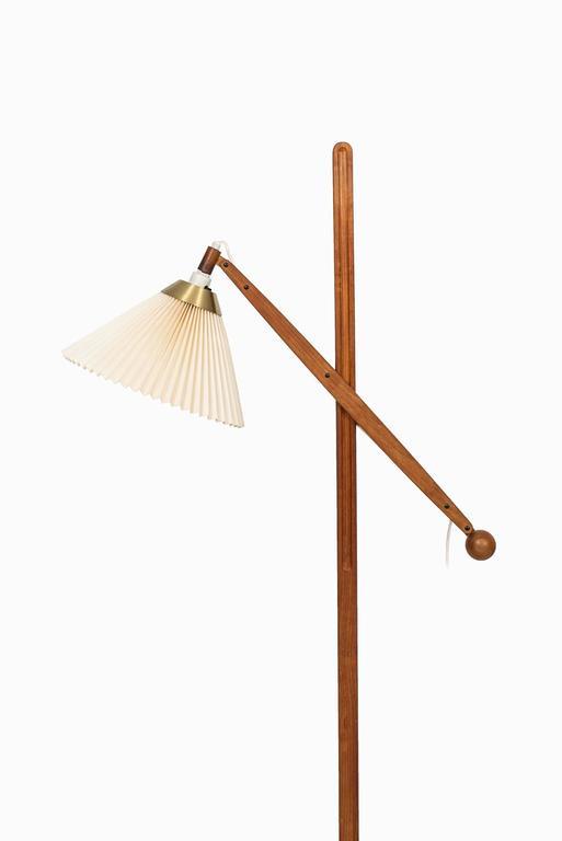 Vilhelm Wohlert Floor Lamp Model 325 Produced by Le Klint in Denmark 3