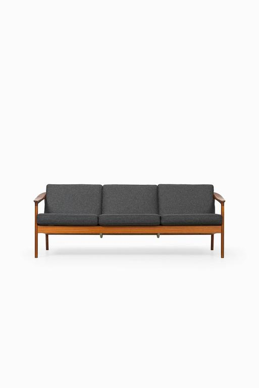 Folke Ohlsson Sofa Model Colorado and Produced by Bodafors in Sweden 2