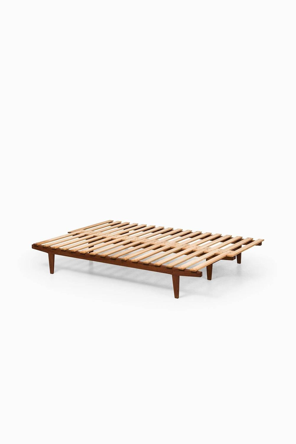 Ib hylander daybed or bench by s ren horn in denmark for Daybed bench