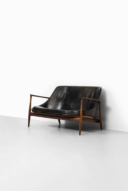 Ib Kofod-Larsen Sofa Model Elizabeth by Christensen & Larsen in Denmark 10