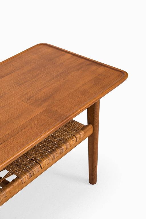 Hans Wegner Coffee Table Model AT-10 by Andreas Tuck in Denmark 2