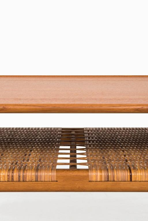 Hans Wegner Coffee Table Model AT-10 by Andreas Tuck in Denmark 3