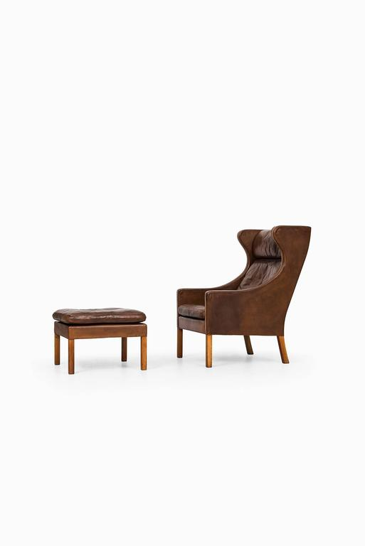 Børge Mogensen Wingback Chair Model 2204 with Stool Model 2202 7