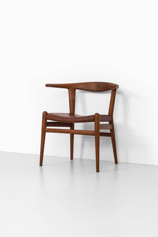 Mid-20th Century Hans Wegner Bullhorn Chair Model JH518 by Johannes Hansen in Denmark