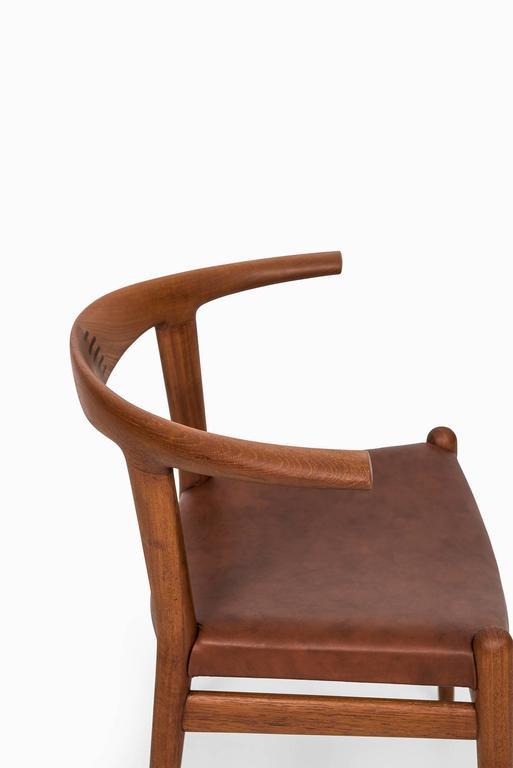 Hans Wegner Bullhorn Chair Model JH518 by Johannes Hansen in Denmark In Excellent Condition In Malmo, SE