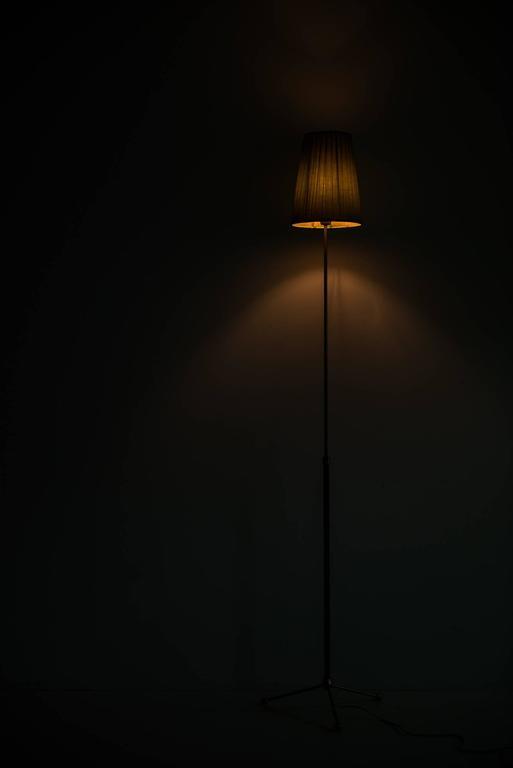 Brass Hans Bergström Floor Lamp Model 544 by Ateljé Lyktan in Sweden For Sale