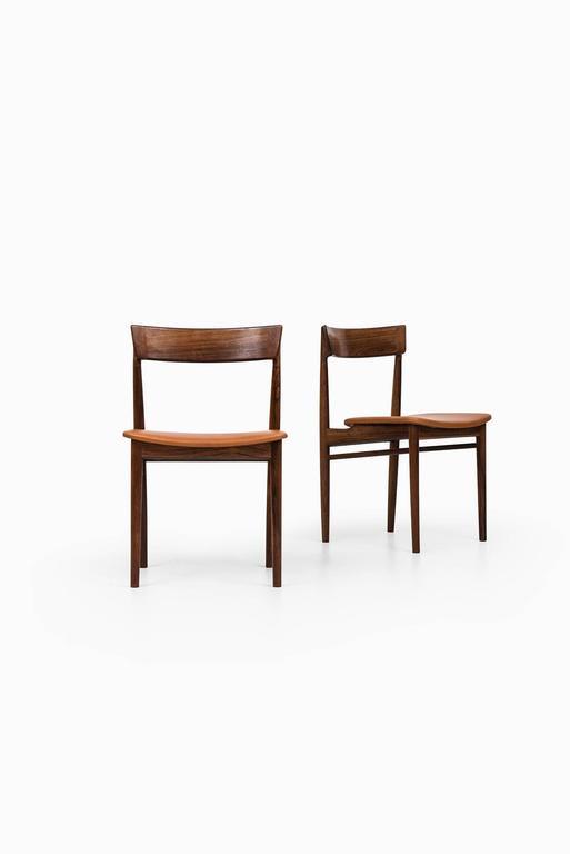 Rare set of eight dining chairs model 39 designed by Henry Rosengren Hansen. Produced by Brande Møbelfabrik in Denmark.