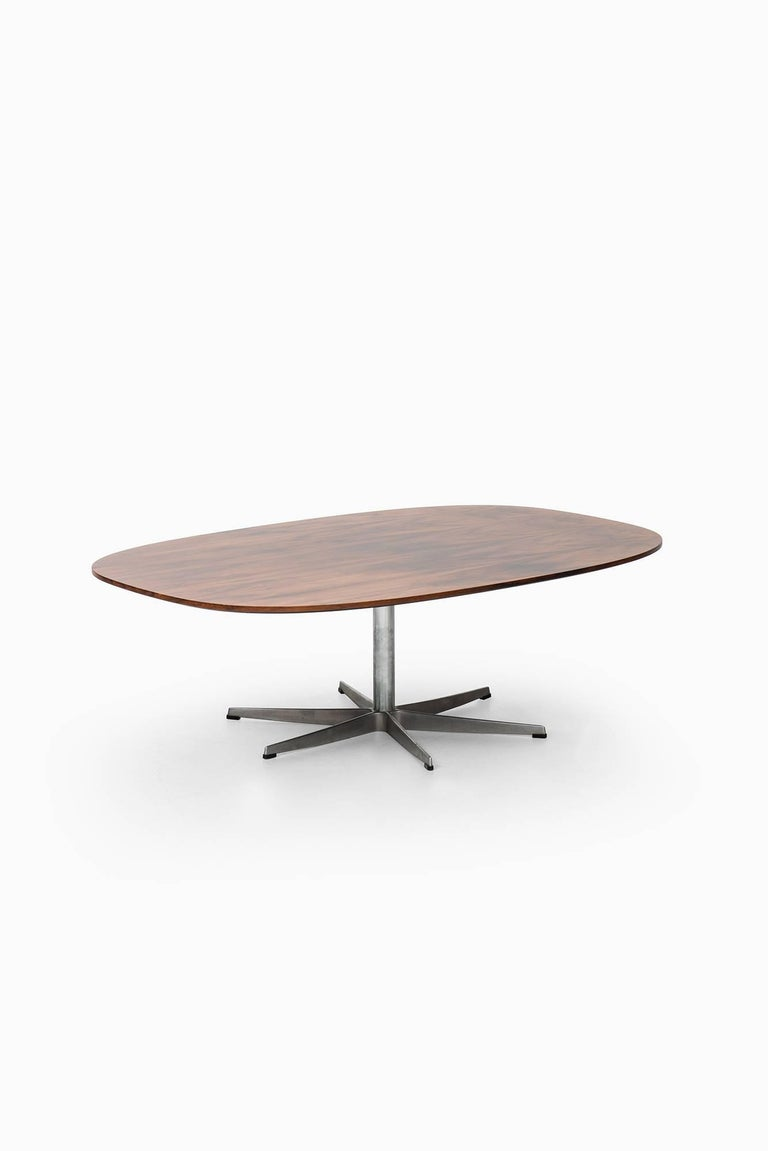Arne Jacobsen Coffee Table By Fritz Hansen In Denmark For Sale At 1stdibs