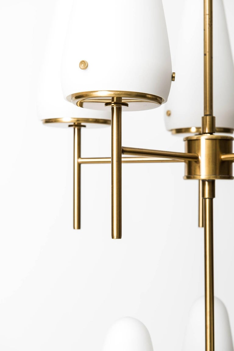 Rare and large ceiling lamp model T-58/8 designed by Hans-Agne Jakobsson. Produced by Hans-Agne Jakobsson AB in Markaryd, Sweden.