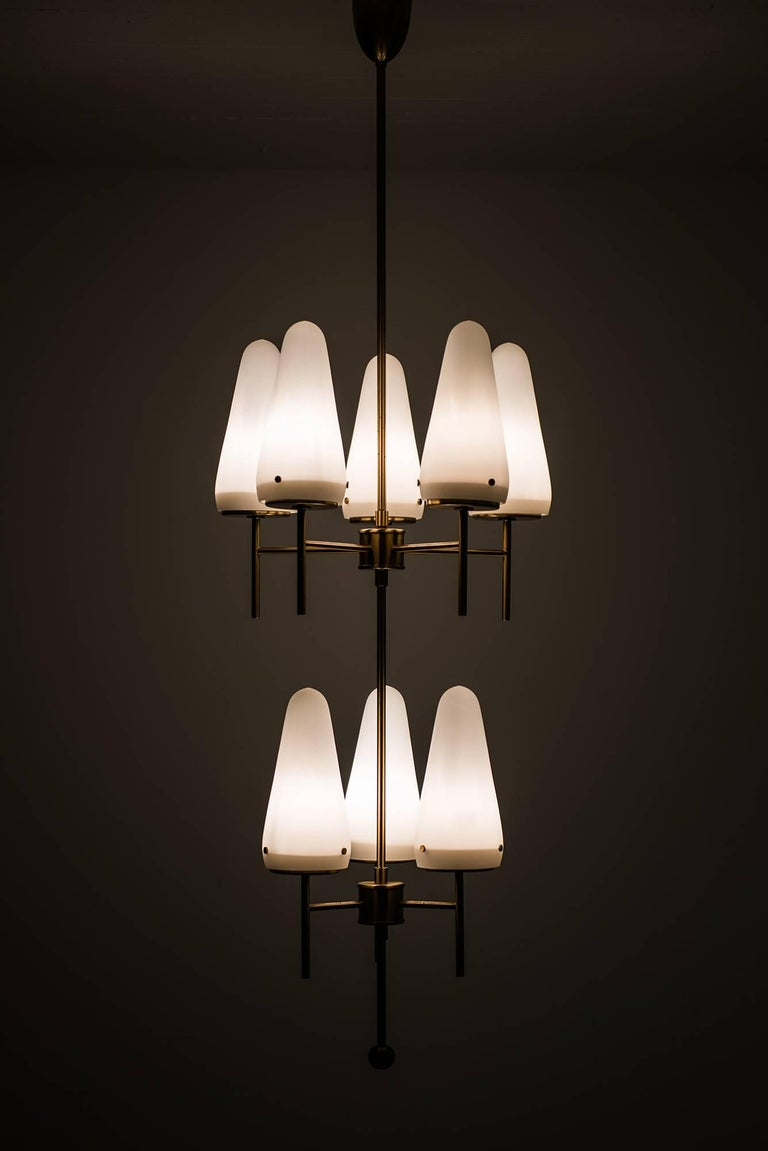 Hans-Agne Jakobsson Ceiling Lamp Model T-58/8 In Excellent Condition For Sale In Malmo, SE