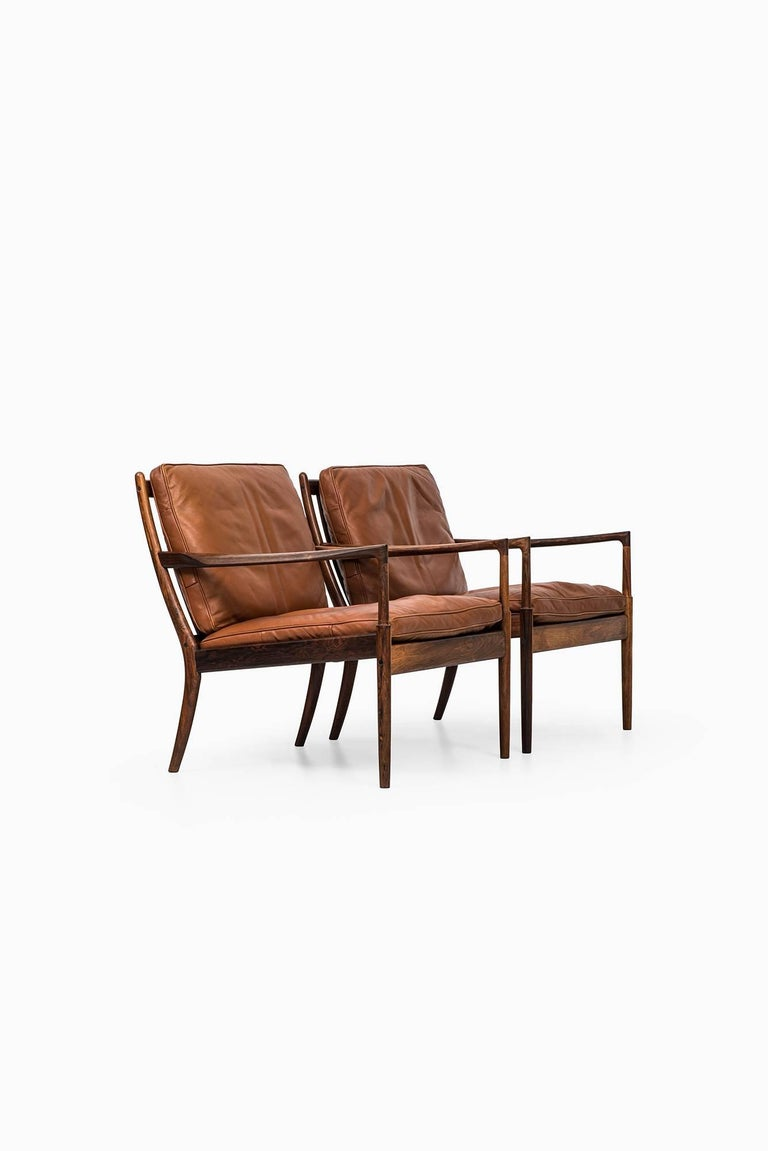 Rare Pair of Easy Chairs Model Samsö Designed by Ib Kofod-Larsen Produced by OPE In Excellent Condition For Sale In Malmo, SE