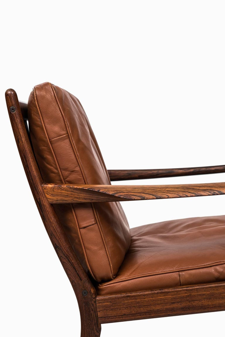 Scandinavian Modern Rare Pair of Easy Chairs Model Samsö Designed by Ib Kofod-Larsen Produced by OPE For Sale