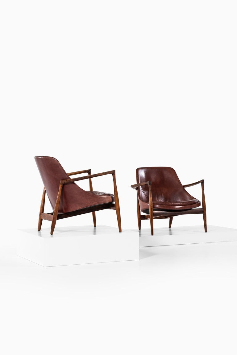 Scandinavian Modern Ib Kofod-Larsen Elizabeth Easy Chairs by Christensen & Larsen in Denmark For Sale