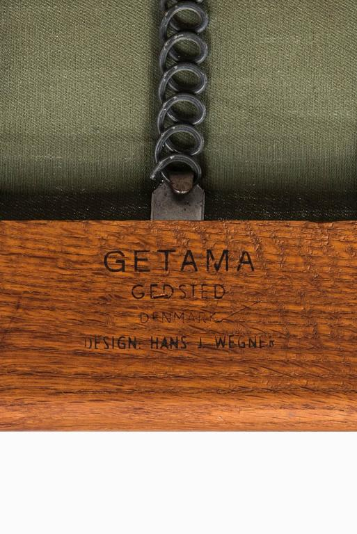Hans Wegner Cigar Easy Chairs by Getama in Denmark For Sale 2