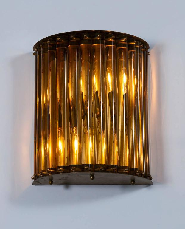 Single Wall Sconce in blown Murano Glass in amber color 1960s Italy For Sale 2