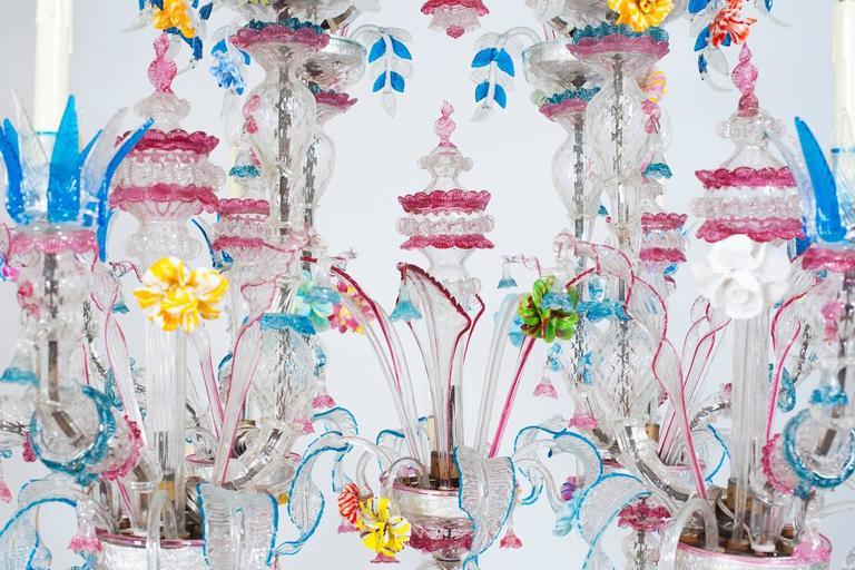 Italian Venetian, CaRezzonico Chandelier, blown Murano Glass, G. Ferro, 1960s For Sale 1