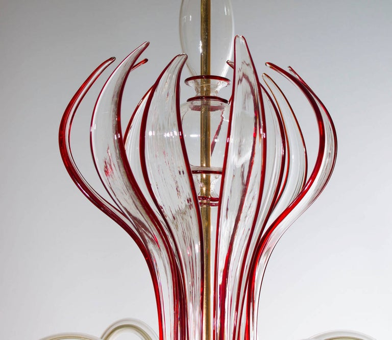 Modern Italian Venetian Chandelier, Blown Murano Glass Transparent, Red Finiture For Sale 1