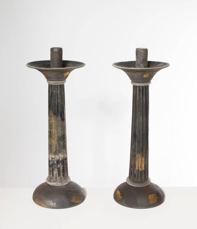 Italian Venetian, pair of candlestick, blown Murano glass, in opaque dark grey with gold stains, entirely handcrafted in blown Murano glass, by the Murano artist Cenedese. On the back of the candlestick there is the signature. These portraits are
