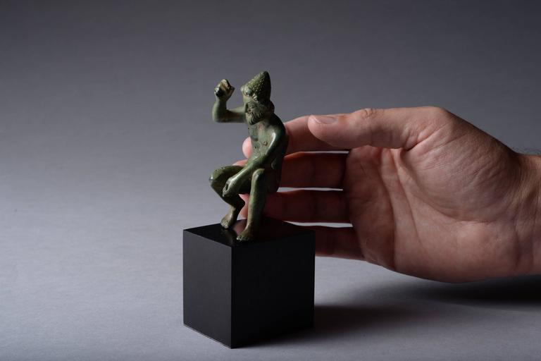 Ancient Greek Bronze Figure of Hephaistos, 400 BC For Sale 1