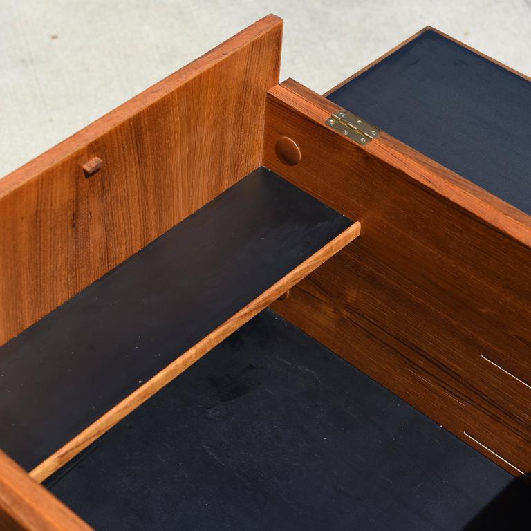 Danish Teak Cube Box Bar For Sale 2