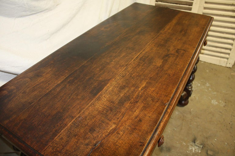 Superbe 18th Century, French Writing Table For Sale 1