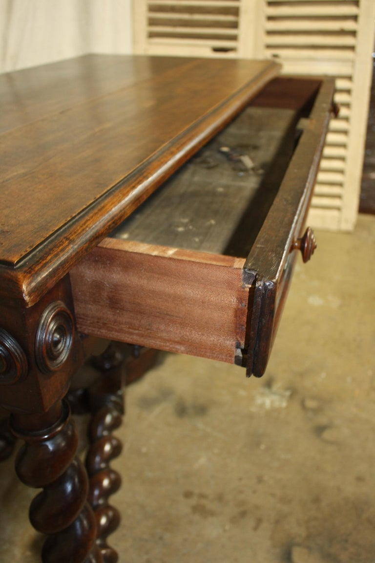 Superbe 18th Century, French Writing Table For Sale 6