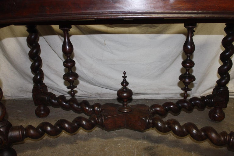Superbe 18th Century, French Writing Table For Sale 7