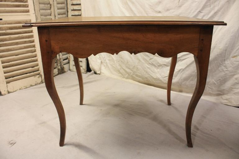 French Charming 19th Century Provencal Table For Sale